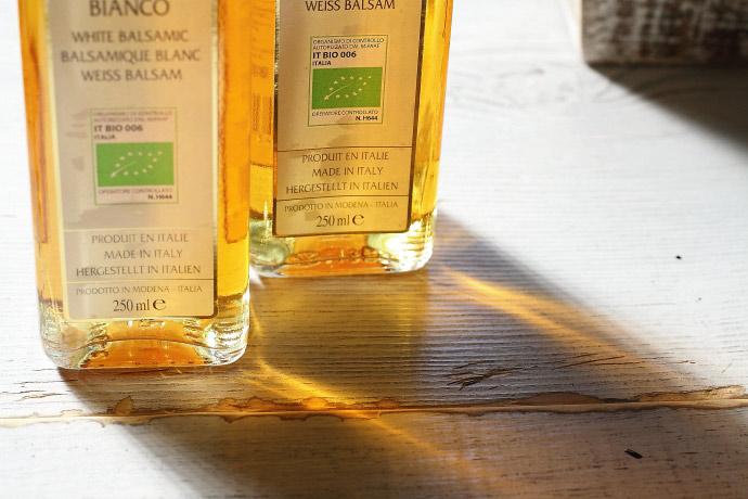 イタリア産 オーガニック 白バルサミコ酢 250ml ディティール