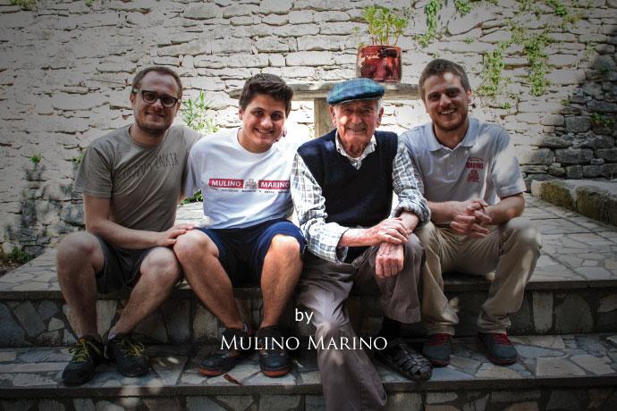 イタリアの小麦老舗メーカー ムリノ・マリノの家族 (Family Italian old maker of flour mill Murino Marino)