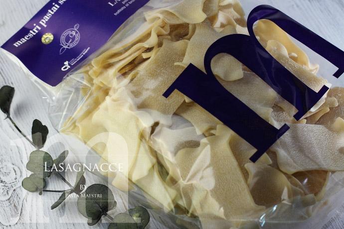 ラザニャッチェ パスタ マエストリ社 (Italian Lasagnacce by Pasta Maestri)