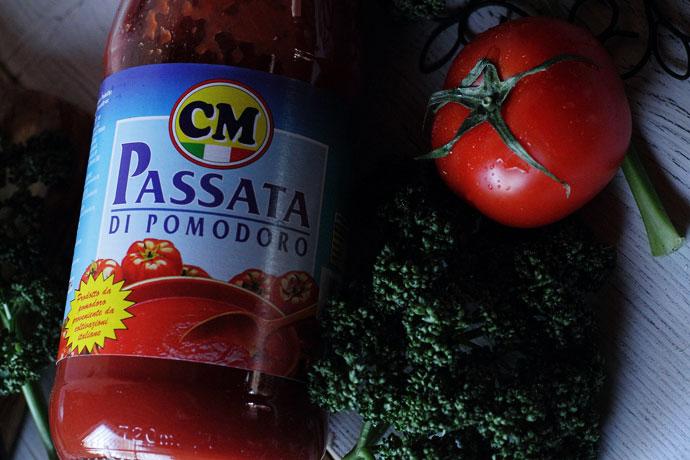 ナポリのトマトピュレ