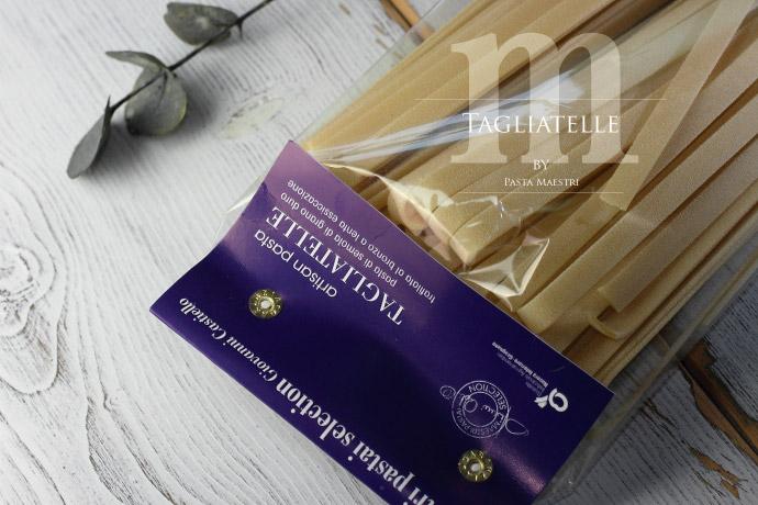 タリアテッレ パスタ マエストリ社 (Italian Tagliatelle by Pasta Maestri)